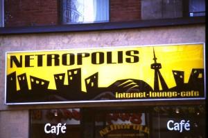 g.TONetropolisSignweb